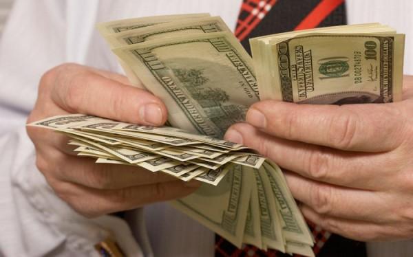 Как взыскать с банка по исполнительному листу