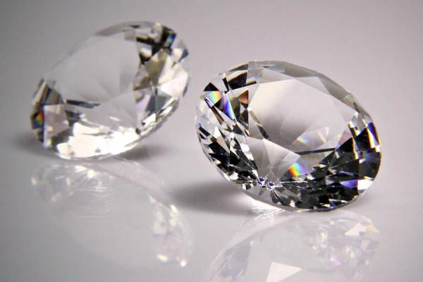 Что формирует цену бриллианта
