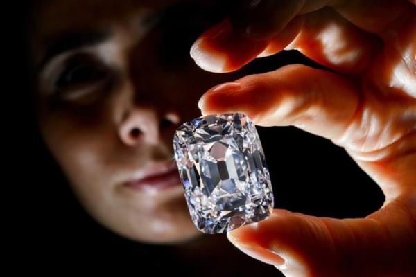 Вложение денег в бриллианты