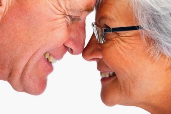 Женщина и мужчина на пенсии возраст
