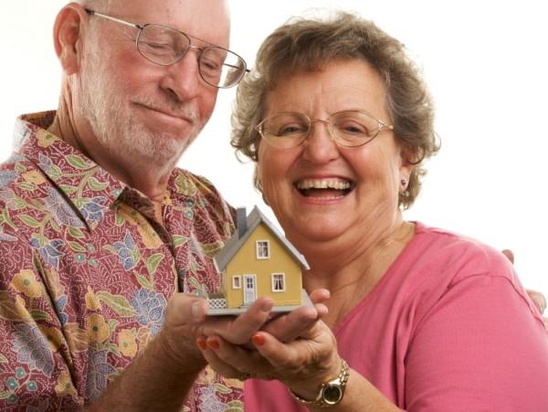 Как оформить кредит пенсионерам
