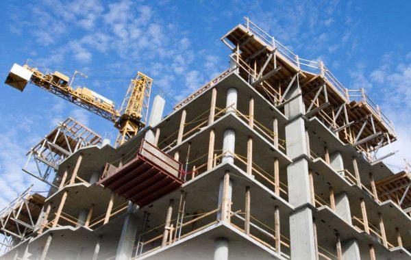 Одна из главных задач правительства - развитие строительства многоквартирных домов